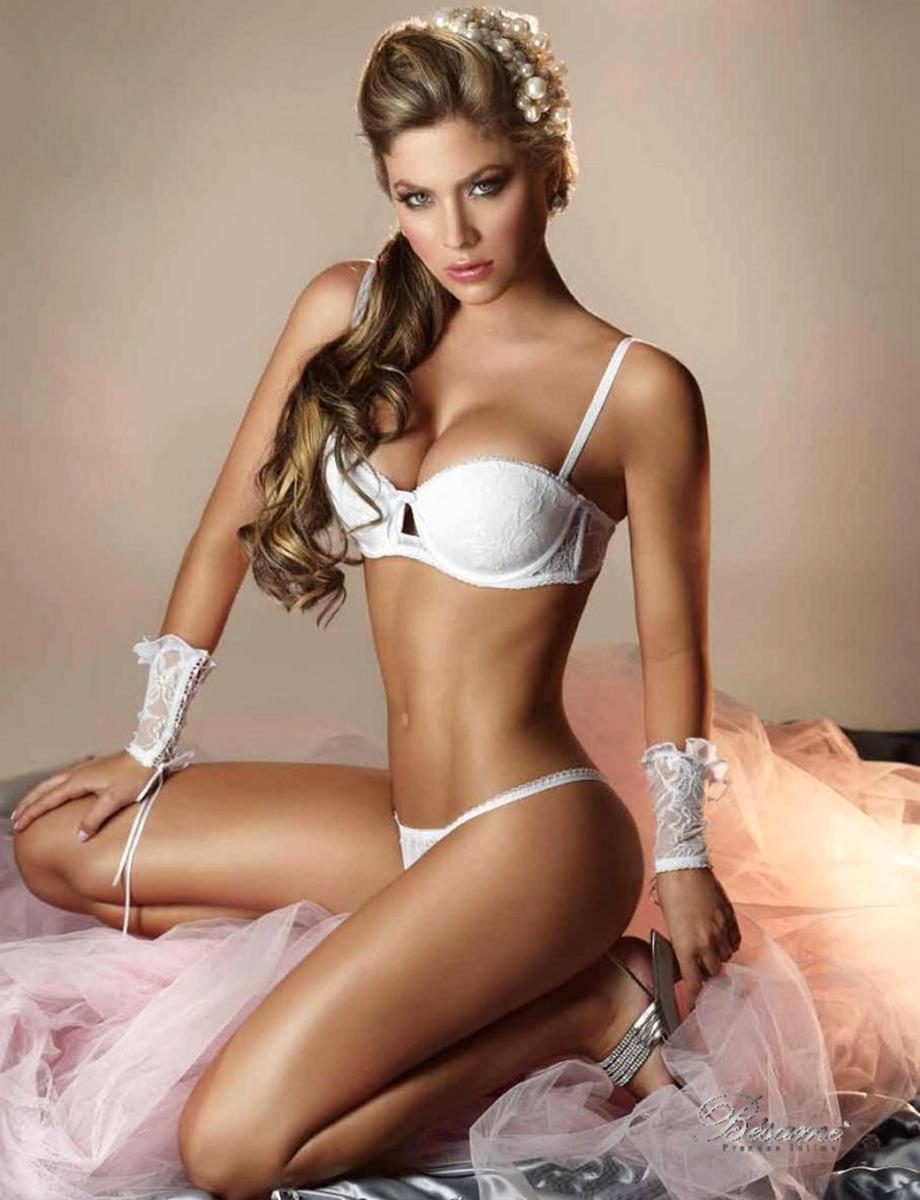 Фотосессия колумбийской модели Daniela Tamayo
