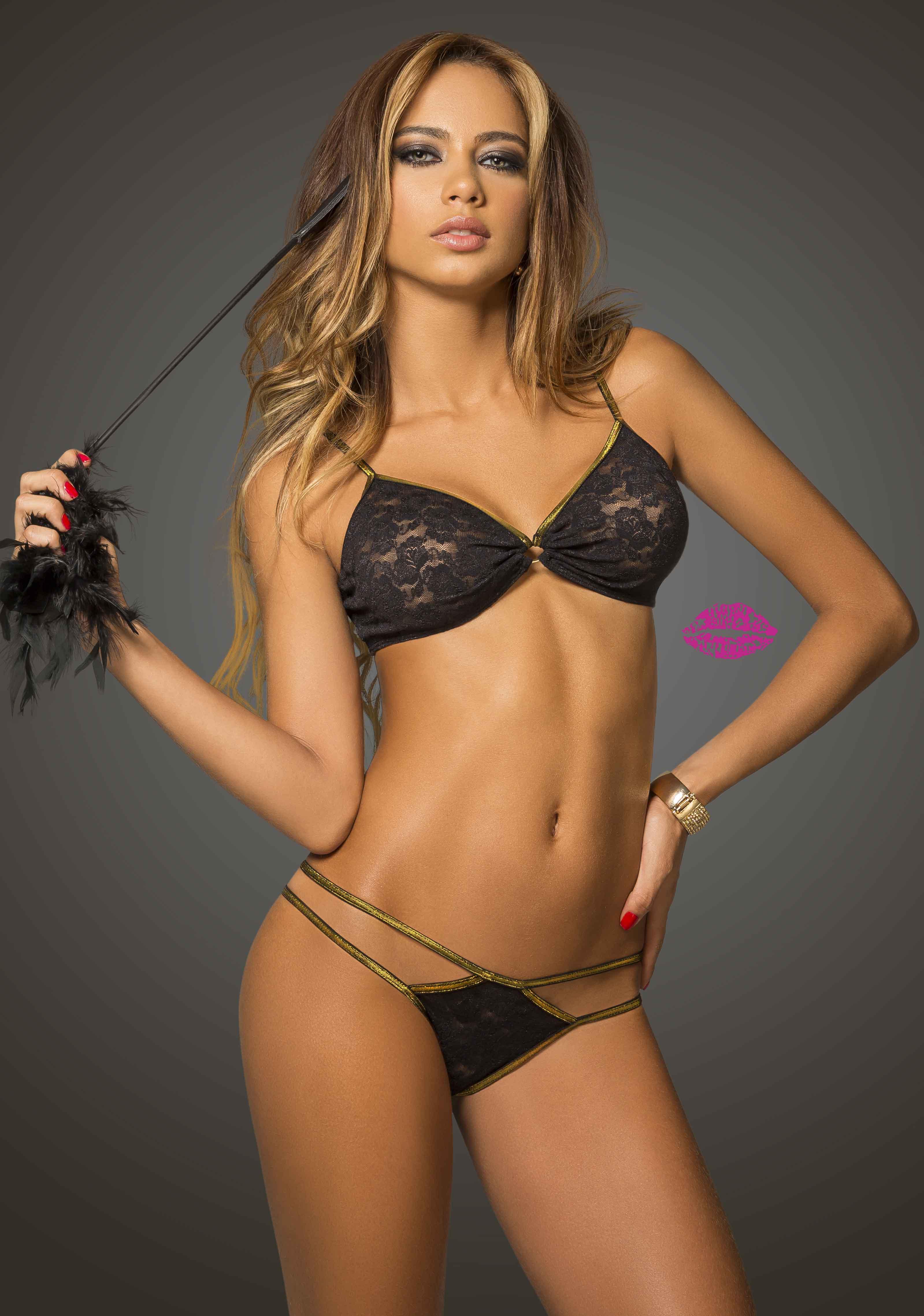 Catalina Otalvaro in Besame lingerie collection 2014. Catalina Otalvaro в шикарной рекламной фотосессии нижнего белья Besame Lingerie 2014 года.